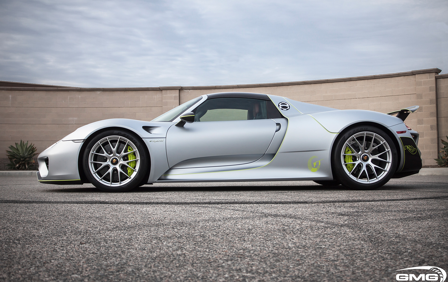 Porsche 918 Spyder (Carbon Additions)