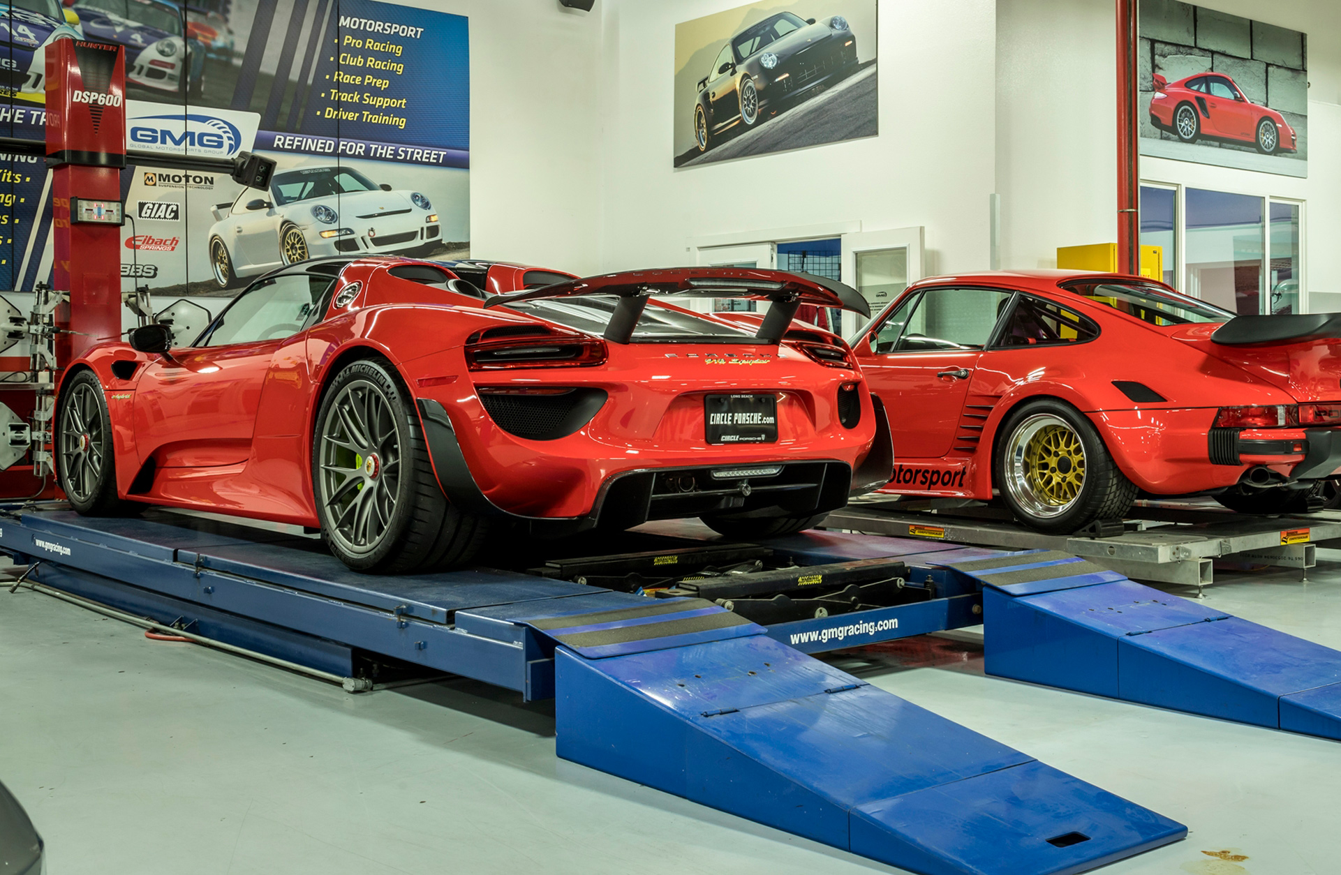 Porsche Factory Service at GMG Racing