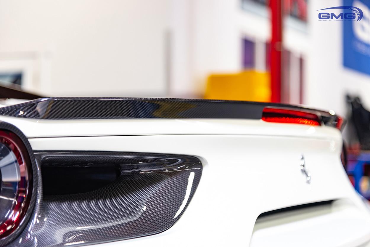 Ferrari 488 Bianco Avus