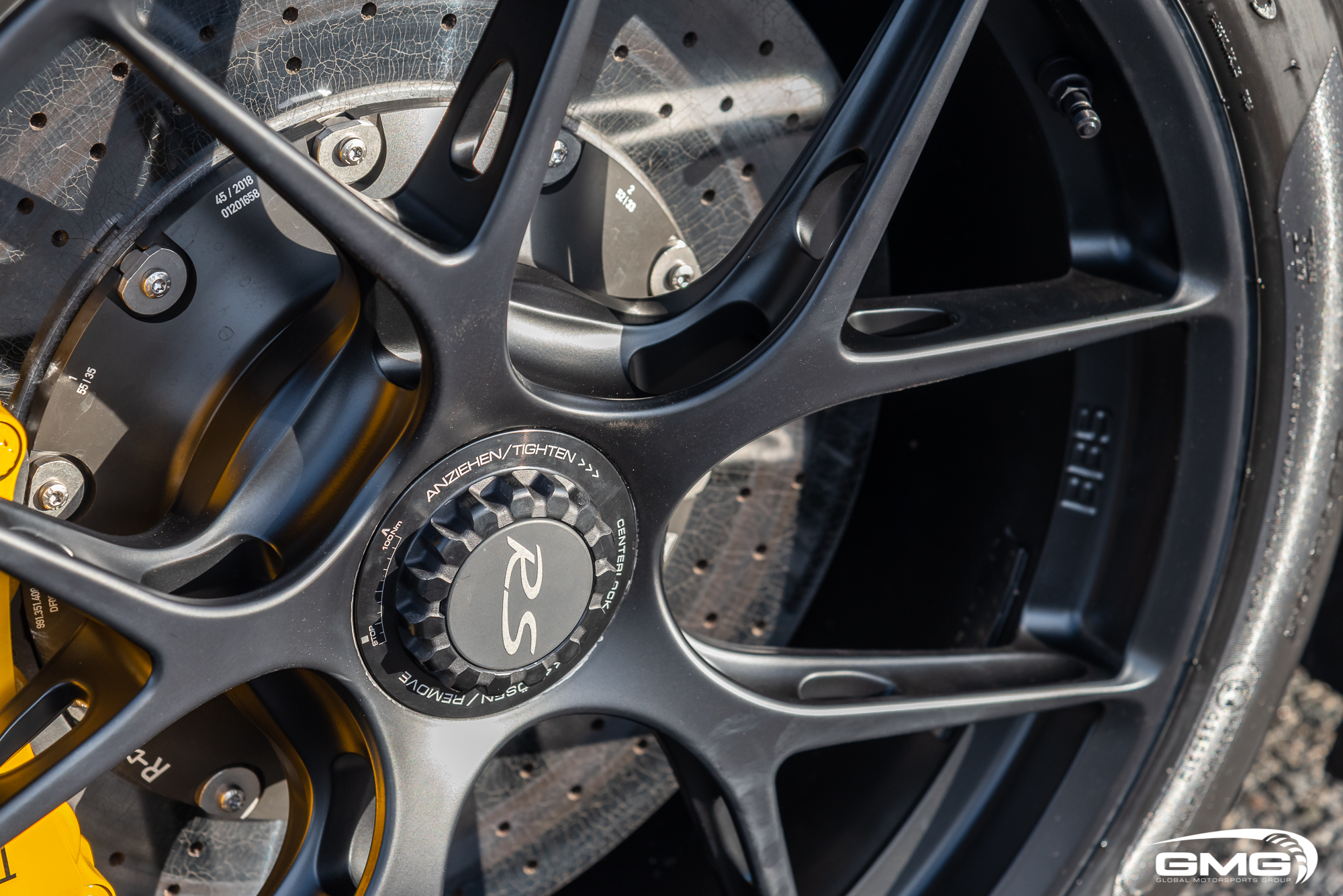 Mako Porsche GT2RS