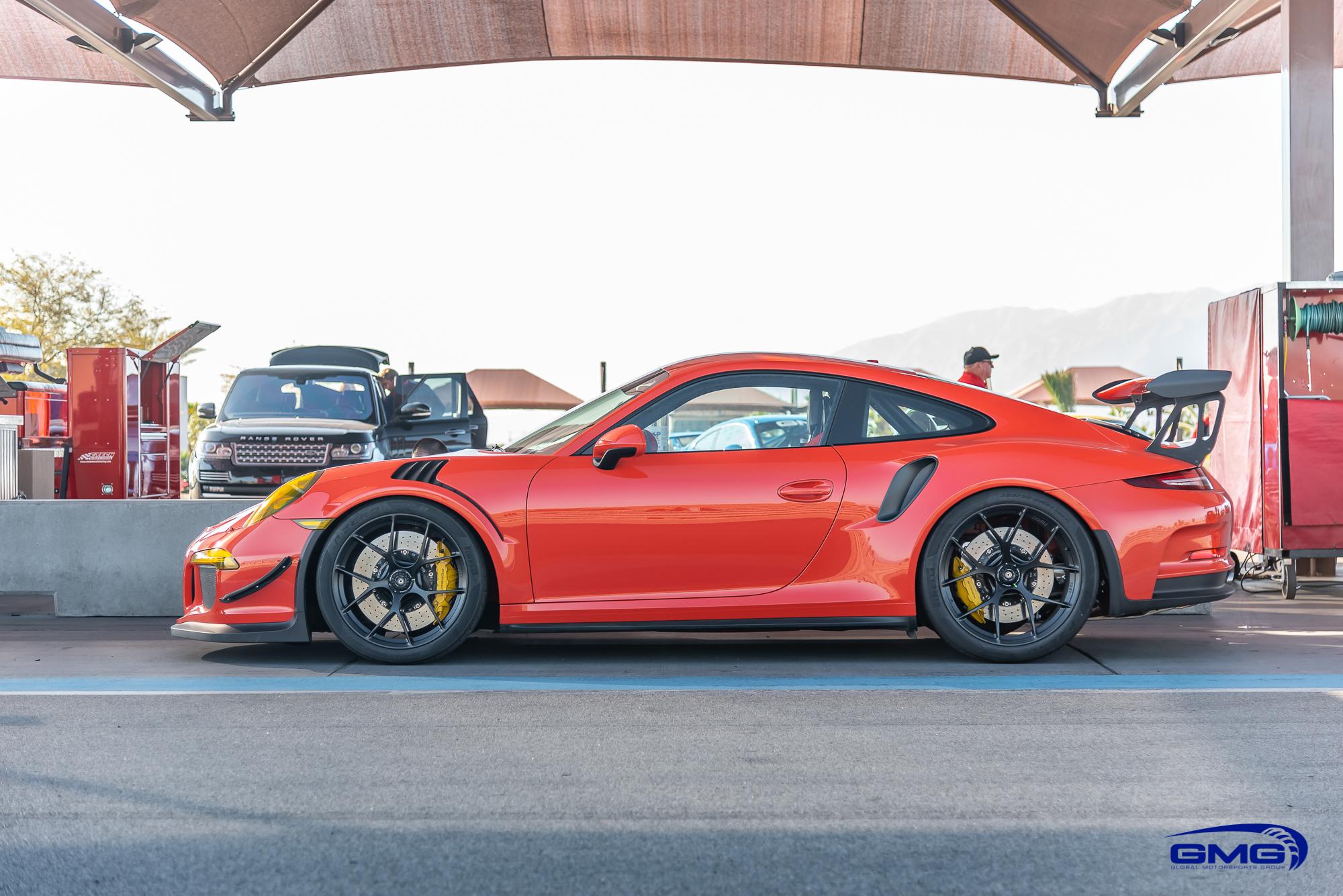 Lava Orange Porsche 991.1 GT3 RS