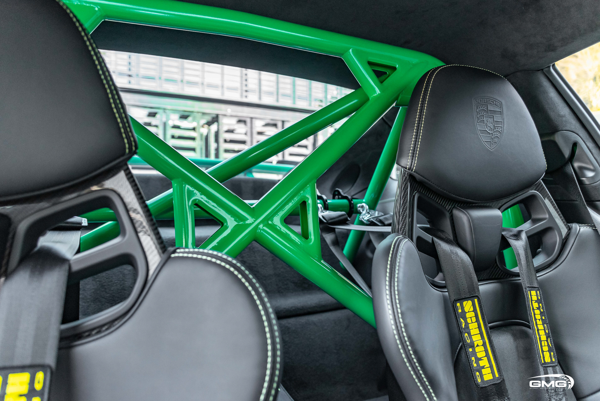 Signal Green Porsche 991.2 GT3