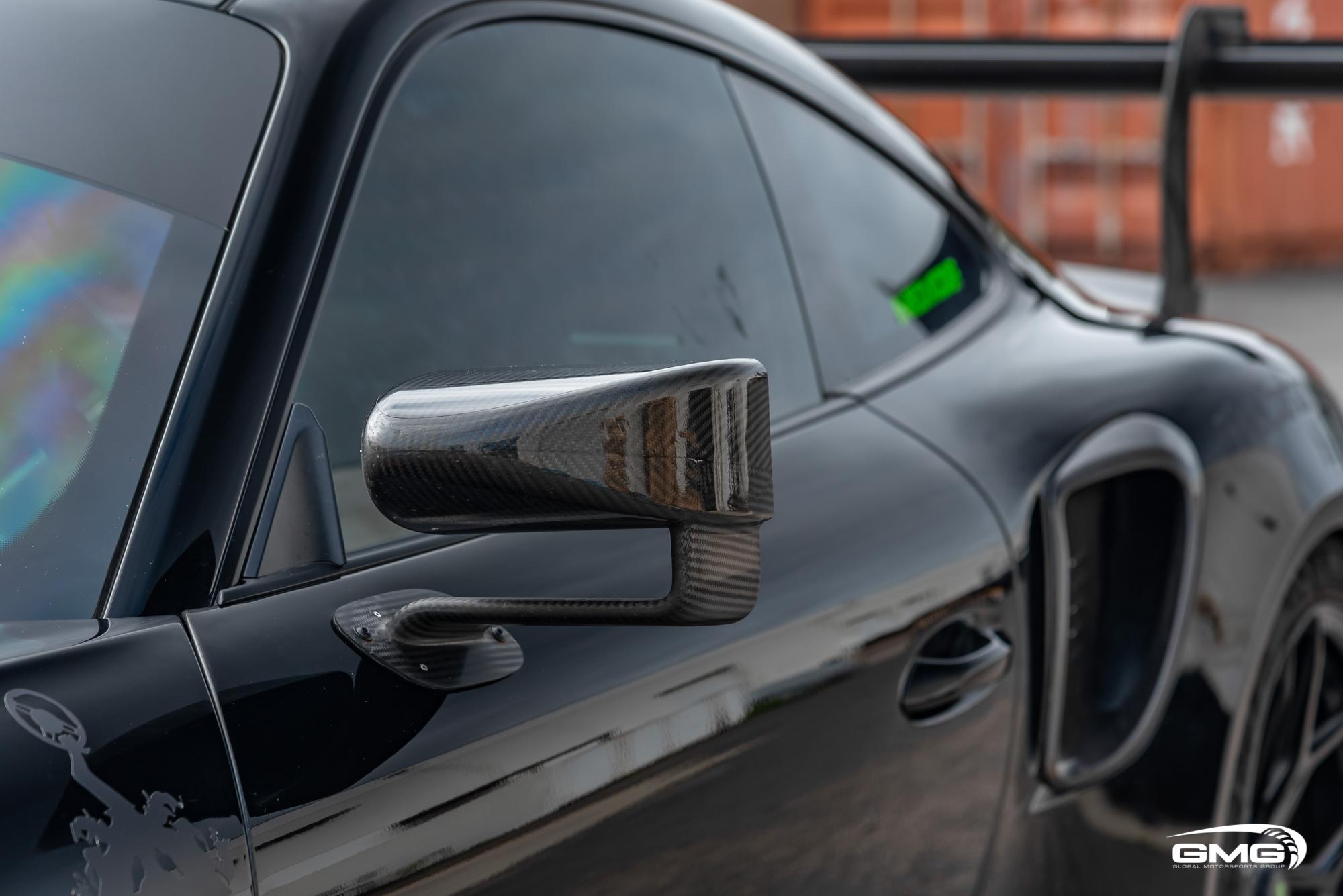Black and Lizard Green Porsche 991.2 GT3 RS